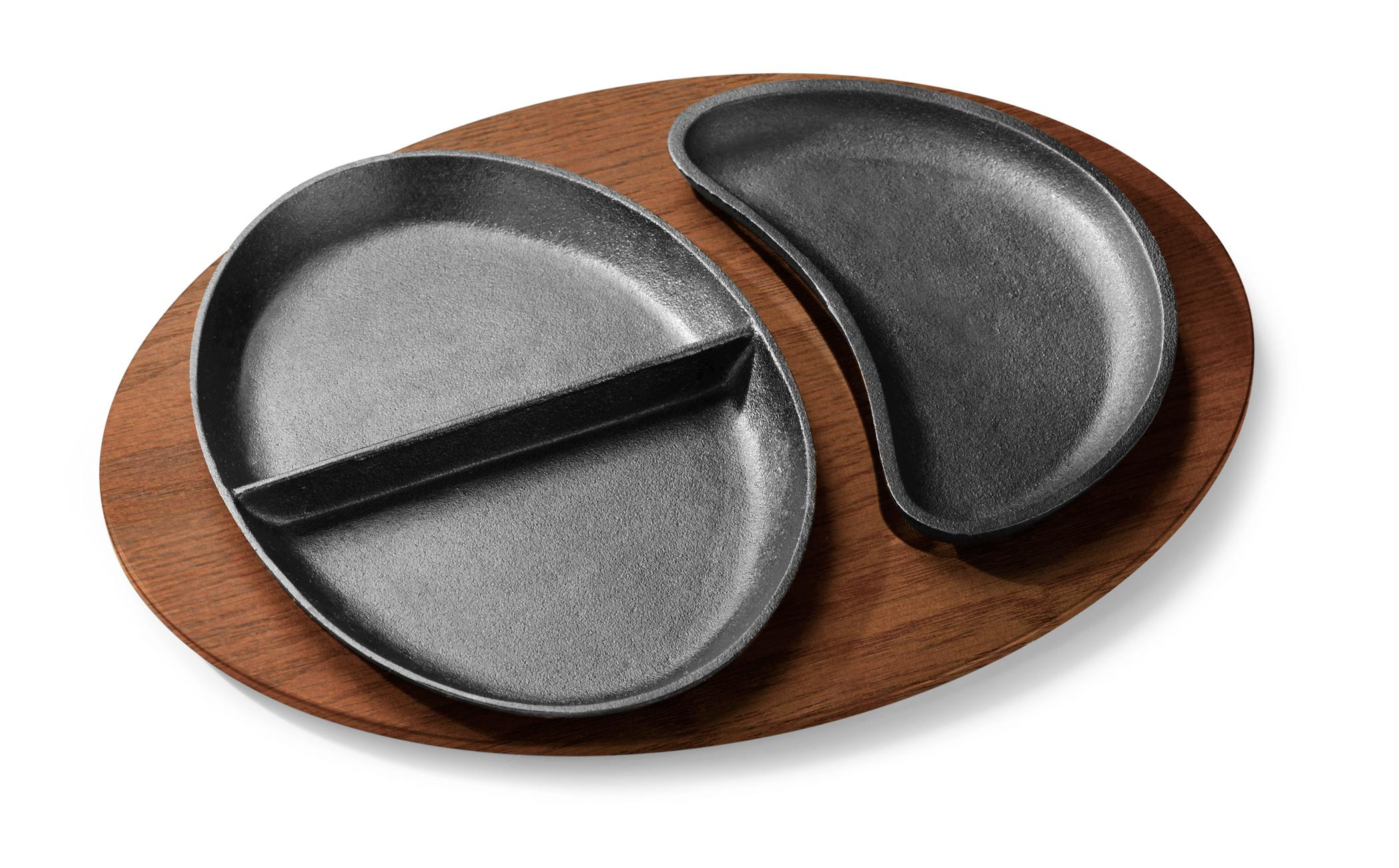 Split Oval Skillet and Platter Combination