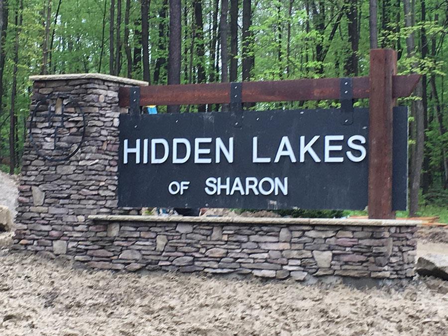 Hidden Lakes Entry Photo